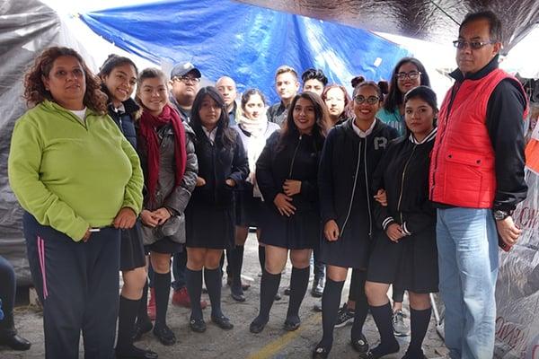 CD_Azteca_Alumnos_Acopio