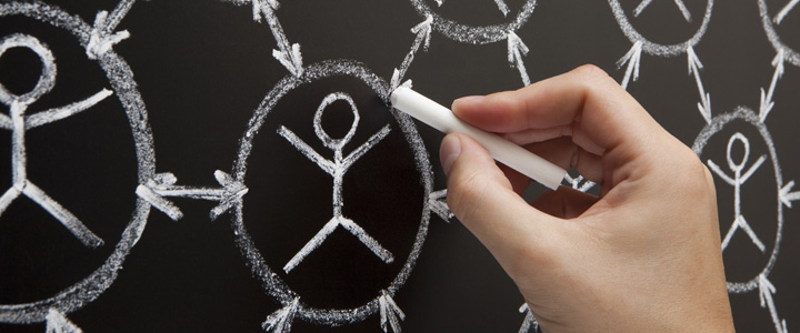 Una maestría en línea puede ayudarte a ampliar tu red de contactos