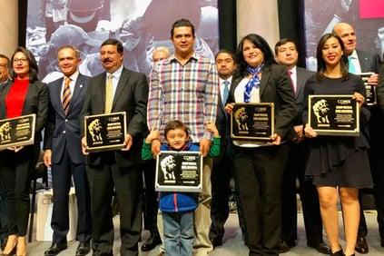 CDMX-entrega-premio-solidaridad-UIN